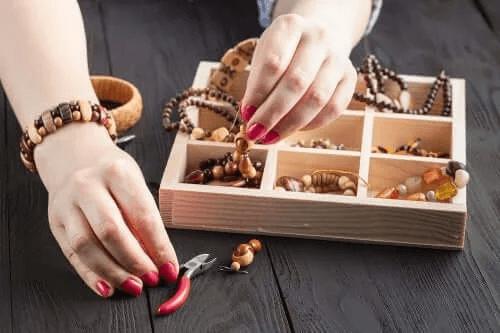 Organizacja akcesoriów i biżuterii - dowiedz się więcej!