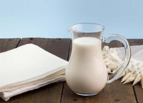 Mleko pasteryzowane i mleko UHT - poznaj różnice między nimi