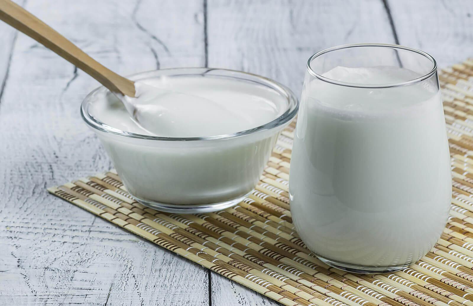 Kozie mleko zawiera mniej tłuszczu niż krowie.