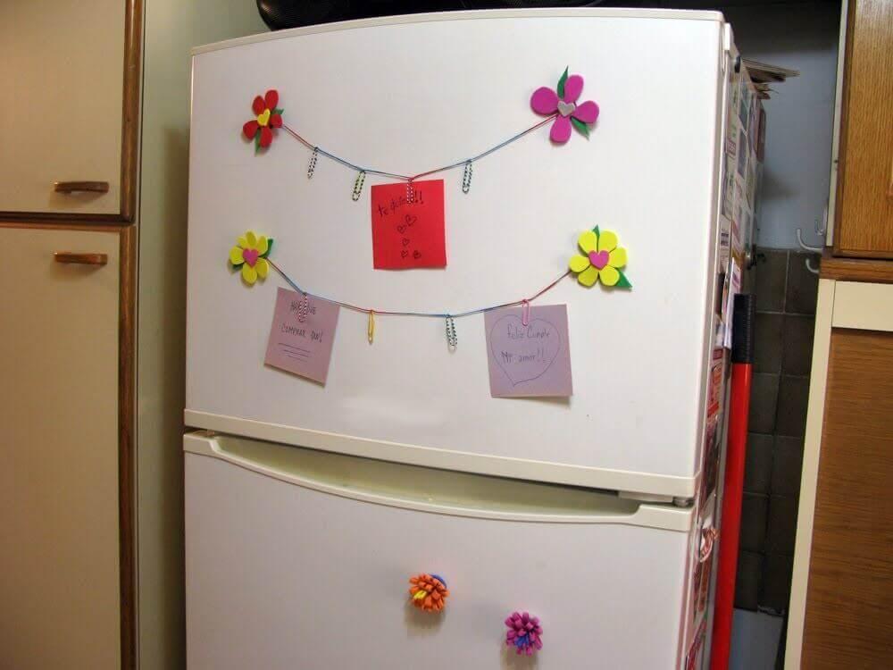 Wiele kosmetyków można przechowywać w lodówce.