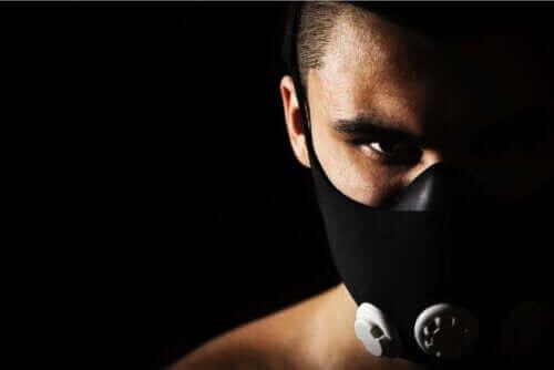 Maski treningowe: co warto o nich wiedzieć?