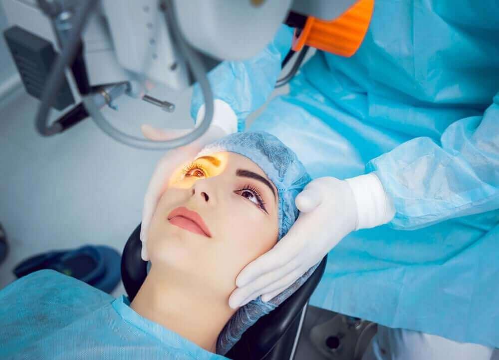 Operacja laserowa wzroku - jaskra otwartego kąta przesączenia