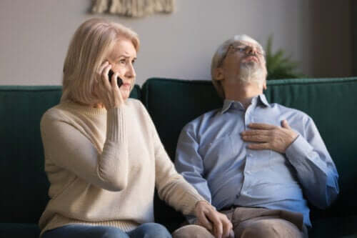 Pierwsza pomoc dla seniorów - dowiedz się więcej!