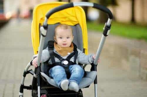 Jak wybrać wózek spacerowy dla dziecka? 5 rad