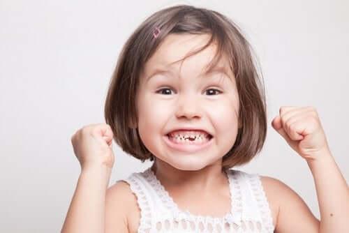 Zęby mleczne: wszystko, co musisz wiedzieć
