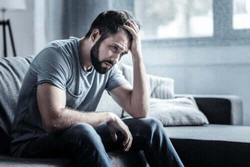Nerwica depresyjna: objawy, przyczyny i leczenie