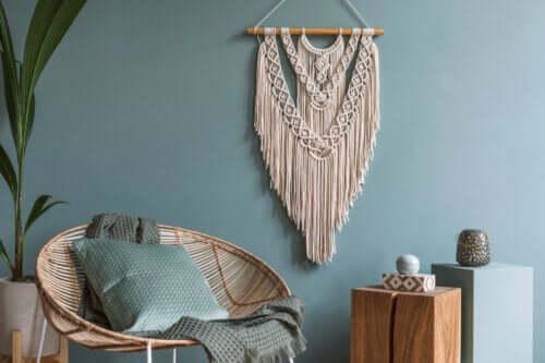 Frędzle w dekoracji domu - pomysły na oryginalny styl