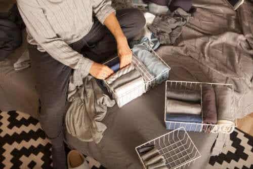 Rzeczy które powinnaś wyrzucić z Twojej szafy