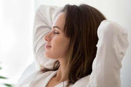 Ciało migdałowate - 5 wskazówek, jak je zrelaksować