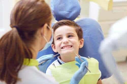 Problemy z zębami u dzieci - poznaj najważniejsze z nich