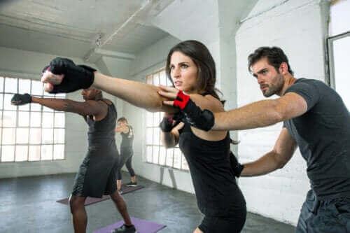Fitboxing: poznaj liczne zalety tego sportu