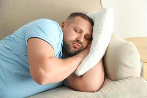 Późne spanie może zwiększyć ryzyko otyłości