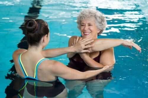 Korzyści zdrowotne pływania - czy znasz je wszystkie?