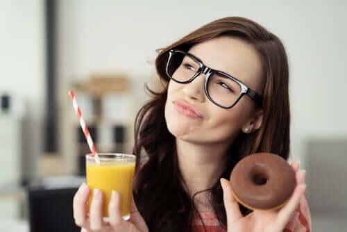 Zmniejszenie zawartości cukru w diecie - trzy praktyczne rady