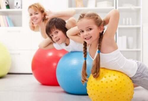 Dzieci i ćwiczenia fizyczne: wszystko, co musisz wiedzieć