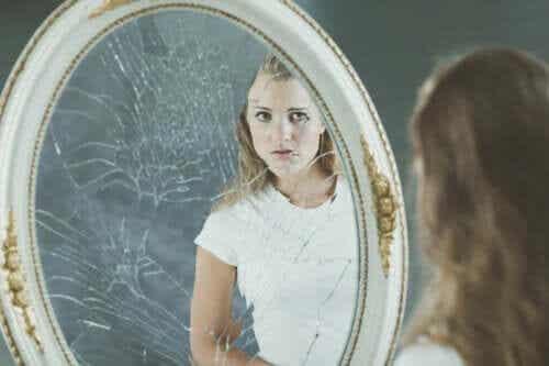 Negatywny obraz własnego ciała i jego wpływ na samoocenę